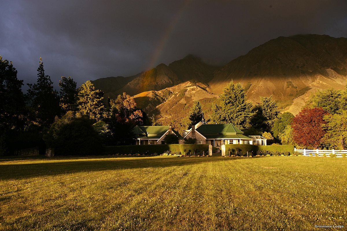 About Grasmere Lodge - Luxury South Island Accommodation